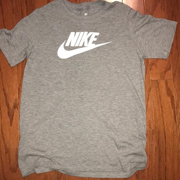 662f52221210 Nike cotton boys large tee. M 5c84868d4ab633a6ce4f6a85